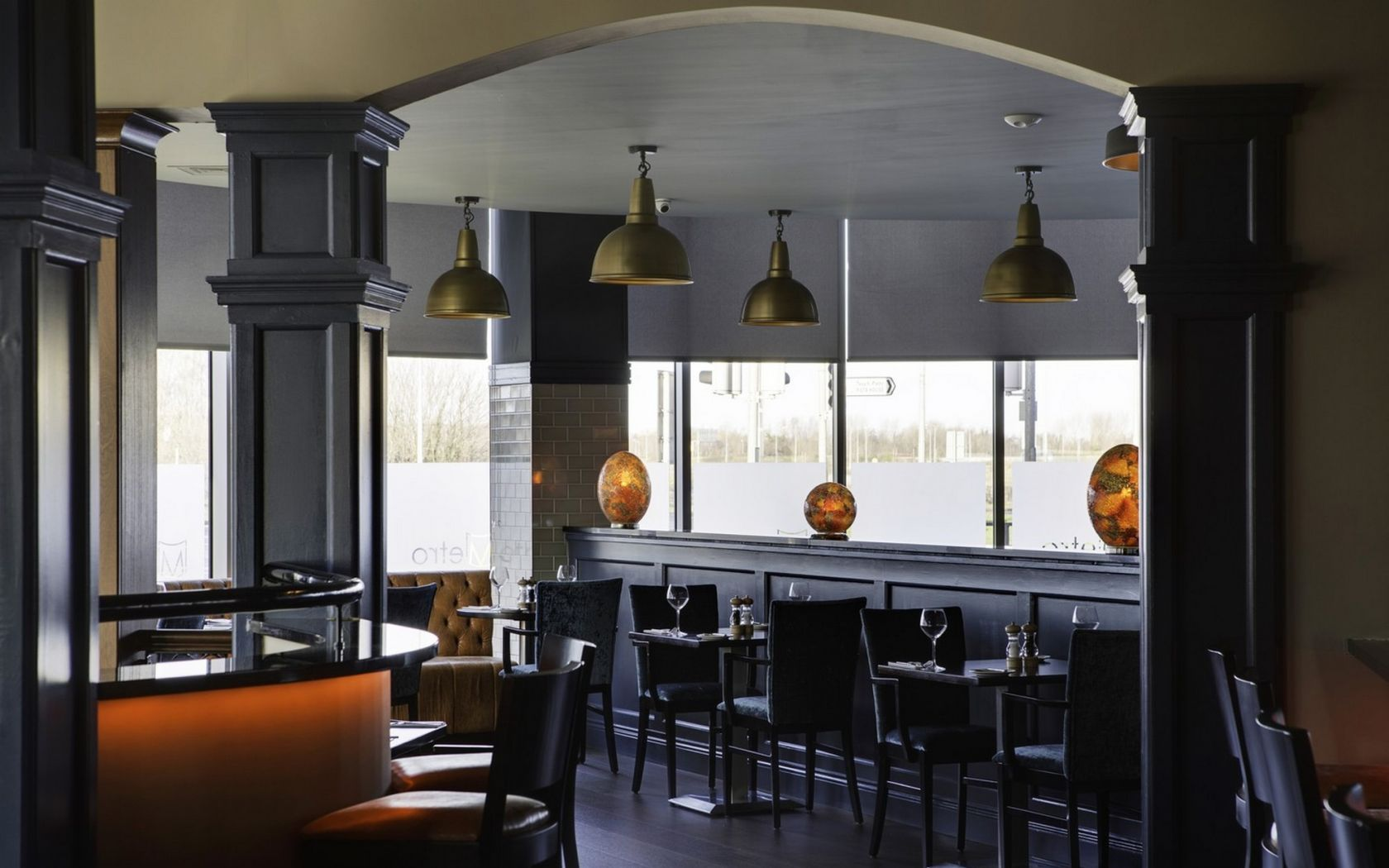 Bar & Restaurant at Metro Hotel Dublin Airport