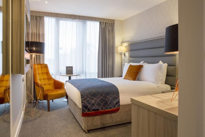 metro hotel single room
